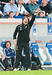 02.04.2011, Rhein-Neckar-Arena, Sinsheim, GER, 1. FBL, TSG Hoffenheim vs Hamburger SV, im Bild Michael Oenning (Tainer Hamburg), EXPA Pictures © 2011, PhotoCredit: EXPA/ nph/  Roth       ****** out of GER / SWE / CRO  / BEL ******