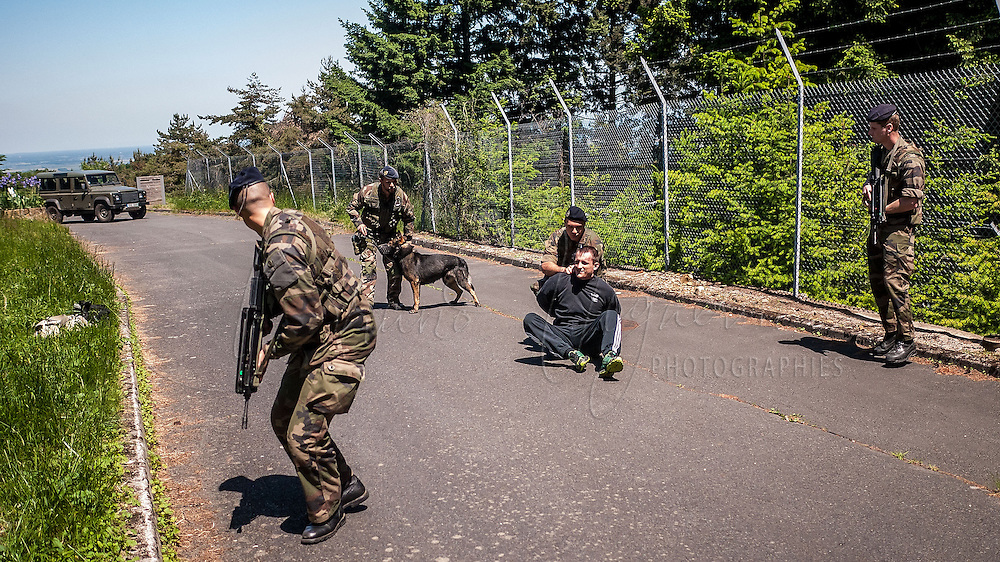 FUSCO (Air Force Fusiliers Commandos) ensure security at Lyon Mont-Verdun base accompanied by police dogs. They make daily drills to ensure the security of the most secrete base of France.