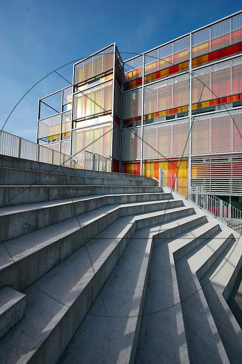 Skolen i Sydhavnen, Nybyggeri, skole, Københavns Byggeri. Sydhavnen, facader, amfitrappe