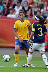 28.06.2011, FIFA Frauen-WM-Stadion Leverkusen, Leverkusen, GER, FIFA Women Worldcup 2011, Gruppe C, Kolumbien (COL) vs. Schweden (SWE), im Bild:  Jessica Landstrom (Schweden / FFC Frankfurt) (L) gegen Natalia Gaitan (Kolumbien) (R)   // during the FIFA Women´s Worldcup 2011, Pool C, Colombia vs Sweden on 2011/06/28, FIFA Frauen-WM-Stadion Leverkusen, Leverkusen, Germany.   EXPA Pictures © 2011, PhotoCredit: EXPA/ nph/  Mueller *** Local Caption ***       ****** out of GER / CRO  / BEL ******
