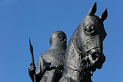 Bronze equestrian statue of Robert the Bruce, or king Robert I, 1274-1329, by Charles d'Orville Pilkington Jackson, inaugurated 1964, on the Bannockburn battlefield, Stirling, Scotland. In 1314 Scottish forces led by Robert the Bruce defeated the English under Edward II at Bannockburn during the First War of Scottish Independence. The site has been developed with a heritage centre, circular rotunda, flagpole, memorial cairn and the Bruce memorial, and is run by the National Trust for Scotland. Picture by Manuel Cohen