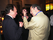 Anthony Haden-Guest and Dan Topolski, 1812 Napoleon's Fatal March on Moscow by Adam Zamoyski book launch. Avenue Studios. Fulham Rd. 5 April 2004. ONE TIME USE ONLY - DO NOT ARCHIVE  © Copyright Photograph by Dafydd Jones 66 Stockwell Park Rd. London SW9 0DA Tel 020 7733 0108 www.dafjones.com
