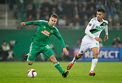 20.10.2016, Weststadion, Wien, AUT, UEFA EL, SK Rapid Wien vs US Sassuolo Calcio, Gruppe F, im Bild Louis Schaub (SK Rapid Wien), Lorenzo Pellegrini (US Sassuolo Calcio) // during a UEFA Europa League, group F game between SK Rapid Wien and US Sassuolo Calcio at the Weststadion, Vienna, Austria on 2016/10/20. EXPA Pictures © 2016, PhotoCredit: EXPA/ Sebastian Pucher