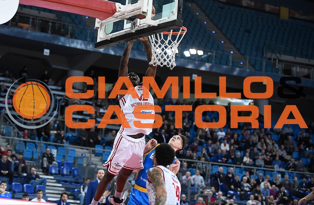 Omogbo Manuel<br /> Victoria Libertas Pesaro - Betaland Capo d'Orlando<br /> Lega Basket Serie A 2017/2018<br /> Reggio Emilia, 11/03/2018<br /> Foto A.Giberti / Ciamillo - Castoria