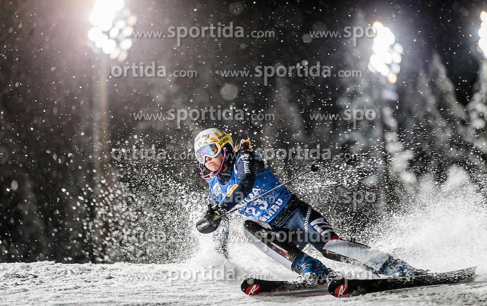 12.01.2016, Hermann Maier Weltcupstrecke, Flachau, AUT, FIS Weltcup Ski Alpin, Flachau, Damen, Slalom, 1. Lauf, im Bild Irene Curtoni (ITA) // Irene Curtoni of Italy during the 1st run of Ladies Slalom for the FIS Ski Alpine World Cup at Hermann Maier Weltcupstrecke in Flachau, Switzerland on 2016/01/12. EXPA Pictures © 2016, PhotoCredit: EXPA/ Johann Groder