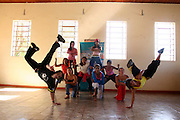 Rio Acima_MG, Brasil...Oficina de Street Dance do Projeto Fred...The Street Dance workshop of Fred Project...Foto: LEO DRUMOND / NITRO