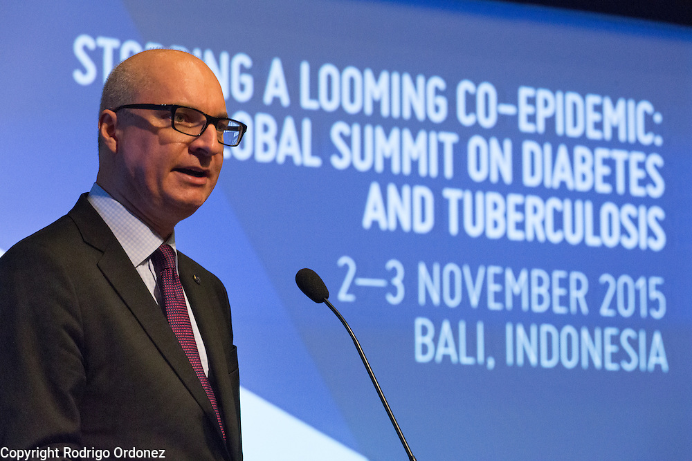 The Executive Director of The Union, Jos&eacute; Luis Castro, speaks at the opening of the global summit on diabetes and tuberculosis in Bali, Indonesia, on November 2, 2015.<br /> The increasing interaction of TB and diabetes is projected to become a major public health issue.&nbsp;The summit gathered a hundred public health officials, leading researchers, civil society representatives and business and technology leaders, who committed to take action to stop this double threat. (Photo: Rodrigo Ordonez for The Union)