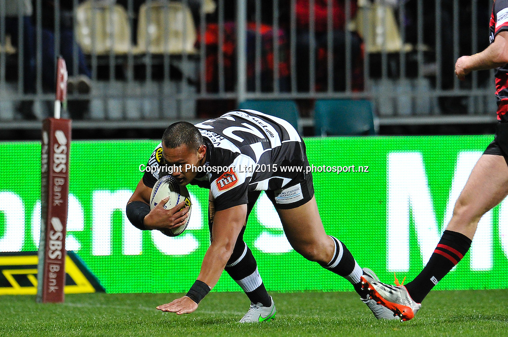 Robbie Fruean of Hawkes Bay  scores a try during the ITM Cup rugby match, Canterbury v Hawke's Bay, at AMI Stadium, Christchurch, on the 12th September 2015. Copyright Photo: John Davidson / www.photosport.nz