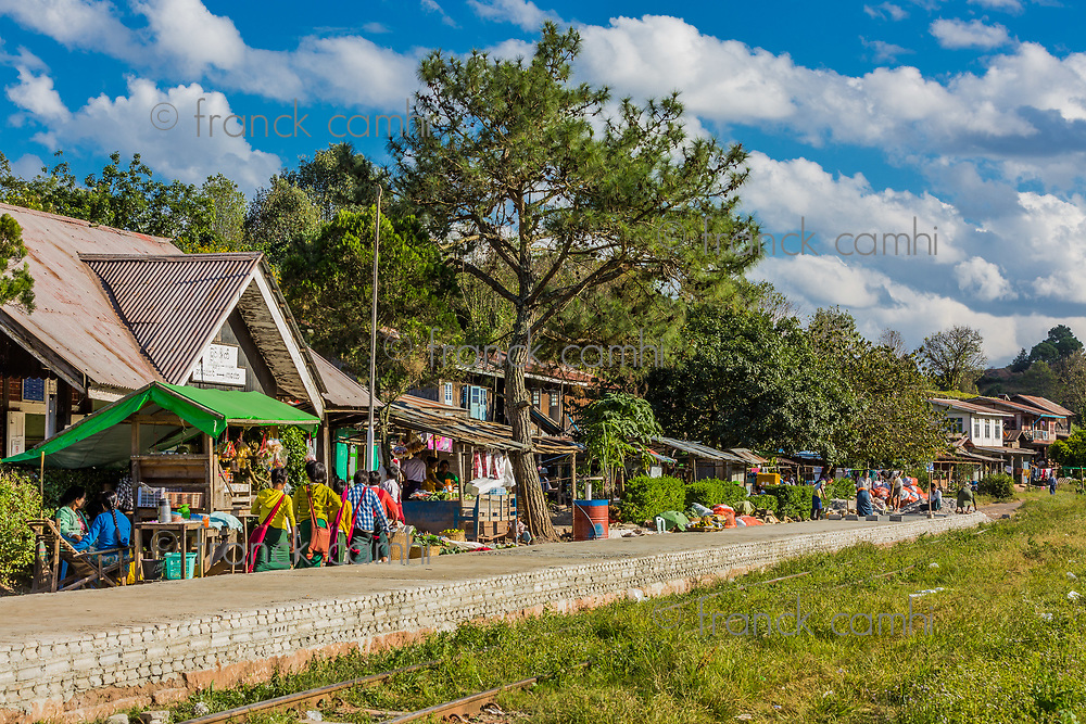 KALAW, MYANMAR - DECEMBER 06, 2016 : burmese people at the railway station near Kalaw Shan state in Myanmar (Burma)