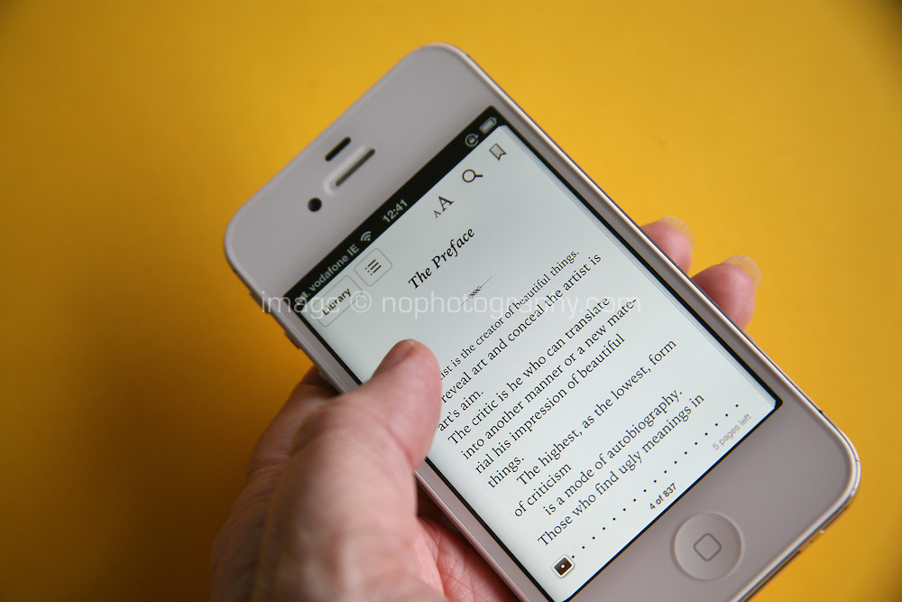 Reading a book on iPhone4s using a kindle app