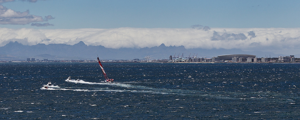 SOUTH AFRICA, Cape Town. 27th November 2011. Volvo Ocean Race. CAMPER with Emirates Team New Zealand arrives in Cape Town second in Leg 1.