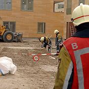 NLD/Huizen/20061106 - Hoofdgasleiding kapot gestoten bouwterrein de Hoftuinen Aristoteleslaan Huizen