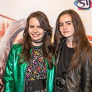 NLD/Hilversum/20171019 - Film premiere  Pestkop, Julia Nauta en Sarah Nauta