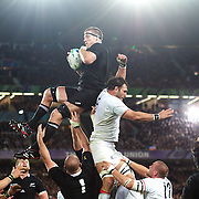 Brad Thorn, New Zealand, wins the line out in the final moments of the match during his sides 8-7 victory  during the New Zealand V France Final at the IRB Rugby World Cup tournament, Eden Park, Auckland, New Zealand. 23rd October 2011. Photo Tim Clayton...