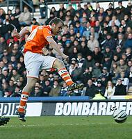Photo: Steve Bond/Richard Lane Photography. Derby County v Blackpool. Coca-Cola Championship. 26/12/2009. Brett Ormerod has an early attempt on goal