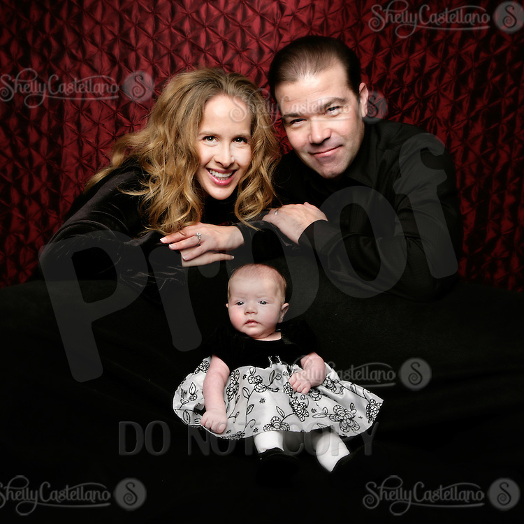 20 November 2010: Kevin, Tal Peles and 8 week old baby girl Ava Gray in studio for family portrait session.