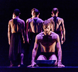 Edinburgh, Scotland, UK 18th August 2016 ::  The cast of Scottish Ballet perform Angelin Preljocaj's MC 14/22 (Ceci est mon corps) a hymn to the male body, a meeting of the spiritual and the carnal, a glorification of masculinity and a condemnation of force. Performed by 12 male dancers representing the Apostles of Jesus, this powerfully sensual work takes as its starting point the Last Supper as related in the Gospel of St Mark, chapter 14, verse 22 as Christ breaks bread and announces to his disciples: 'Take it; this is my body.'  <br /> <br /> (c) Andrew Wilson | Edinburgh Elite media