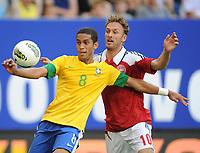 Fotball<br /> Tyskland<br /> 26.05.2012<br /> Foto: Witters/Digitalsport<br /> NORWAY ONLY<br /> <br /> v.l. Romulo, Dennis Rommedahl (Daenemark)<br /> <br /> Fussball, Testspiel, Brasil v Danmark
