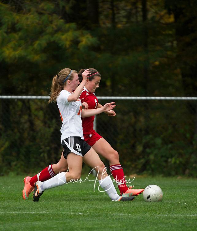St Paul's School girls varsity soccer with Thayer  © Karen Bobotas Photographer/for St Paul's School