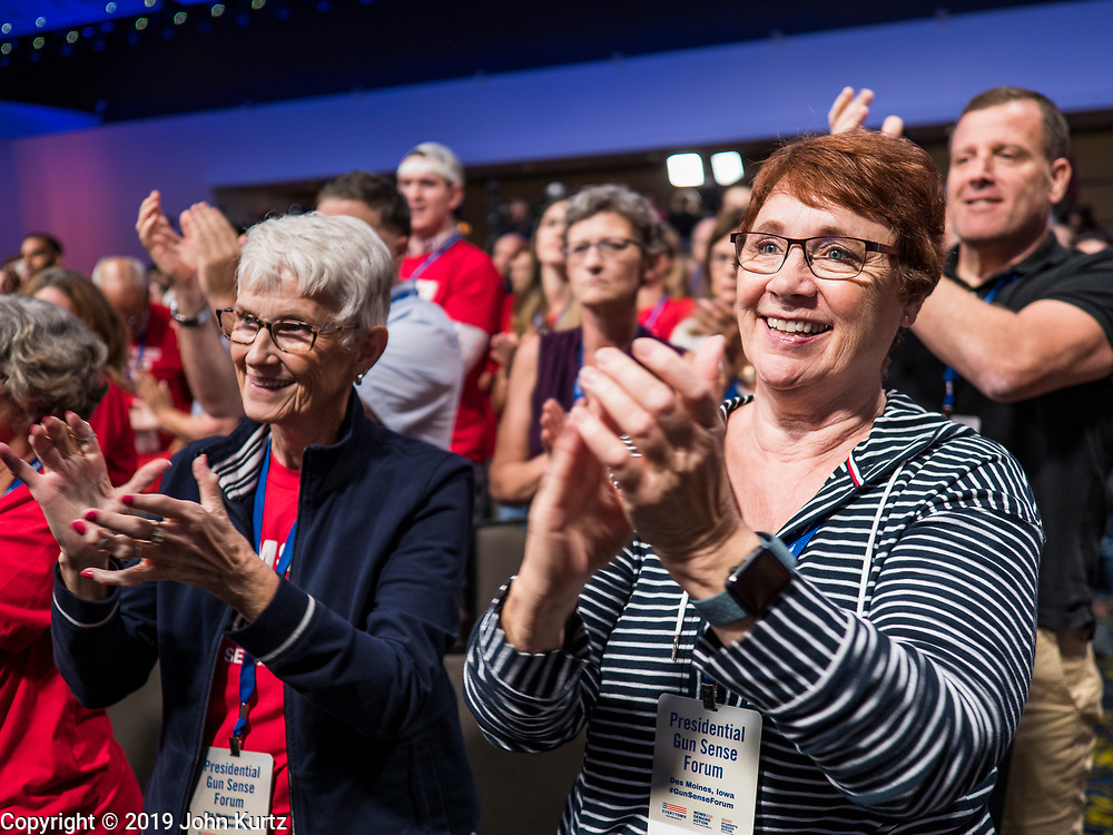 10 AUGUST 2019 - DES MOINES, IOWA: People applaud Mayor Michael Bloomberg at the Presidential Gun Sense Forum. Several thousand people from as far away as Milwaukee, WI, and Chicago, came to Des Moines Saturday for the Presidential Gun Sense Forum. Most of the Democratic candidates for president attended the event, which was organized by Moms Demand Action, Every Town for Gun Safety, and Students Demand Action.               PHOTO BY JACK KURTZ