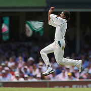 Mohammad Asif bowling during the Australia V Pakistan 2nd Cricket Test match at the Sydney Cricket Ground, Sydney, Australia, 5 January 2010. Photo Tim Clayton