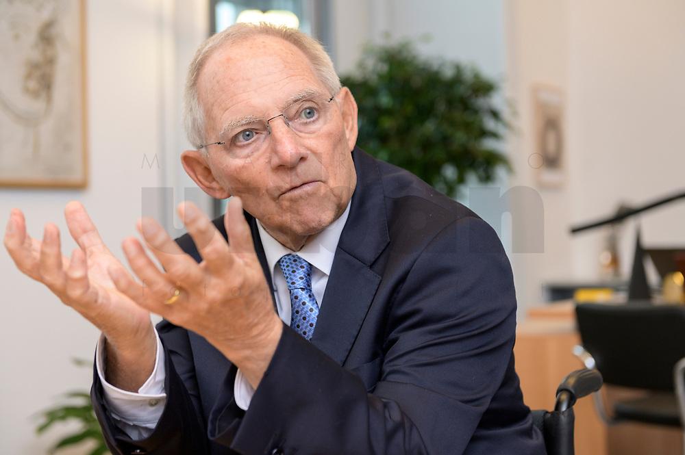 06 NOV 2019, BERLIN/GERMANY:<br /> Wolfgang Schaeuble, CDU, Bundestagspraesident, waehrend einem Interview, in seinem Buero, Reichstagsgebaeude, Deutscher Bundestag<br /> IMAGE: 20191106-02-006<br /> KEYWORDS: Wolfgang Schäuble