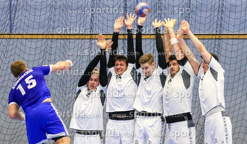 17.01.2016, BSFZ Südstadt, Maria Enzersdorf, AUT, IHF WM Qualifikation, Österreich vs Finnland, im Bild Richard Sundberg (FIN), Marian Klopcic (AUT), Thomas Kandolf (AUT), Sebastian Frimmel (AUT), Tobias Wagner (AUT), Alexander Hermann (AUT)// during the men 's IHF Handball World Championship Qualifier match between Austria and Finland at the BSFZ Südstadt, Maria Enzersdorf, Austria on 2016/01/17, EXPA Pictures © 2016, PhotoCredit: EXPA/ Sebastian Pucher