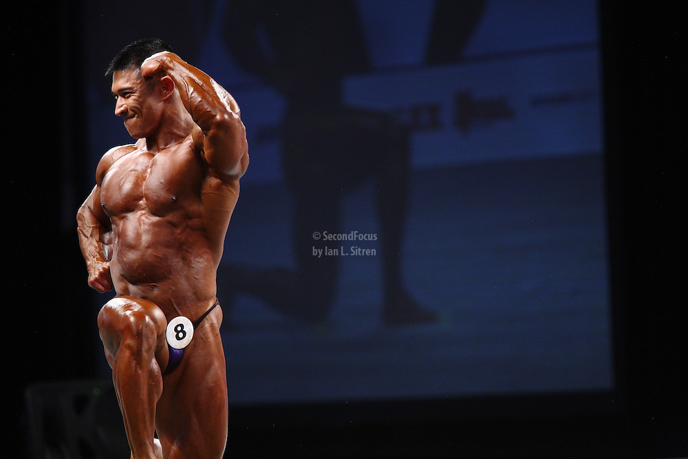Daryl Gee on stage at the pre-judging for the 2009 Olympia 202 competition in Las Vegas.