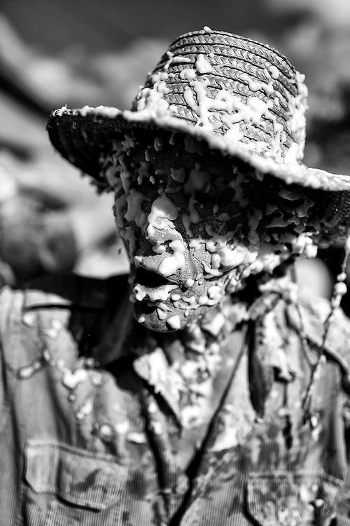 Retrato de un socoromeño participando del Carnaval