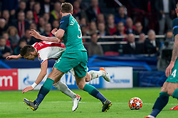 08-05-2019 NED: Semi Final Champions League AFC Ajax - Tottenham Hotspur, Amsterdam<br /> After a dramatic ending, Ajax has not been able to reach the final of the Champions League. In the final second Tottenham Hotspur scored 3-2 / Dusan Tadic #10 of Ajax, Jan Vertonghen #5 of Tottenham Hotspur