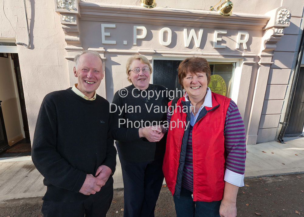 5/11/11.Relatives of George Clooney pictured at Powers Pub in Tullahought Co Kilkenny, from left Willy Burke, Mary Egan and Noreen Burke Hayes..Picture Dylan Vaughan