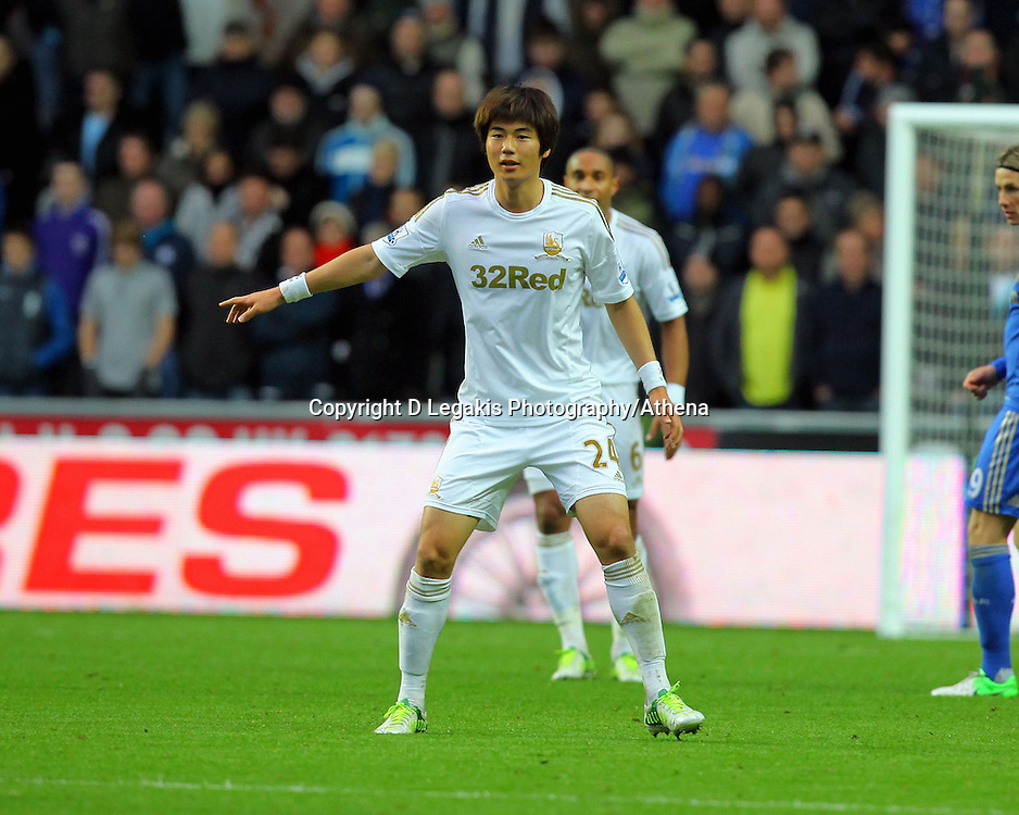 Saturday, 03 November 2012..Pictured: Ki Sung Yueng of Swansea..Re: Barclays Premier League, Swansea City FC v Chelsea at the Liberty Stadium, south Wales.