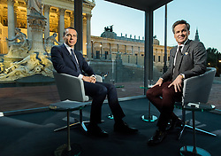 04.09.2017, Parlament, Wien, AUT, ORF, Sommergespräch mit Christian Kern, im Bild SPÖ Bundesparteivorsitzender und Spitzenkandidat für die Nationalratswahl Christian Kern und ORF Moderator Tarek Leitner // during political conversation of the Austrian Broadcasting Corporation with Austrian Chancellor Christian Kern in Vienna, Austria on 2017/09/04 EXPA Pictures © 2017, PhotoCredit: EXPA/ Michael Gruber