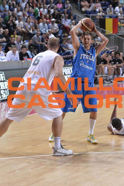DESCRIZIONE : Anversa European Basketball Tour Antwerp 2013 Belgio Italia Belgium Italy<br /> GIOCATORE : Diener Travis<br /> CATEGORIA : passaggio<br /> SQUADRA : Nazionale Italia Maschile Uomini<br /> EVENTO : European Basketball Tour Antwerp 2013 <br /> GARA : Belgio Italia Belgium Italy<br /> DATA : 17/08/2013<br /> SPORT : Pallacanestro<br /> AUTORE : Agenzia Ciamillo-Castoria/GiulioCiamillo<br /> Galleria : FIP Nazionali 2013<br /> Fotonotizia : Anversa European Basketball Tour Antwerp 2013 Belgio Italia Belgium Italy<br /> Predefinita :