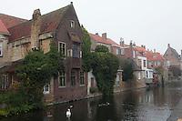 2010-11-21 Brugge centrum, grachten