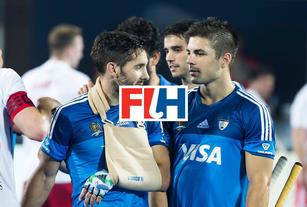 Odisha Men's Hockey World League Final Bhubaneswar 2017<br /> Match id:14<br /> England v Argentina , Quater Final<br /> Foto: Injured Agustin Mazzilli (Arg) , shoulder,  met Gonzalo Peillat (Arg) <br /> WSP COPYRIGHT KOEN SUYK