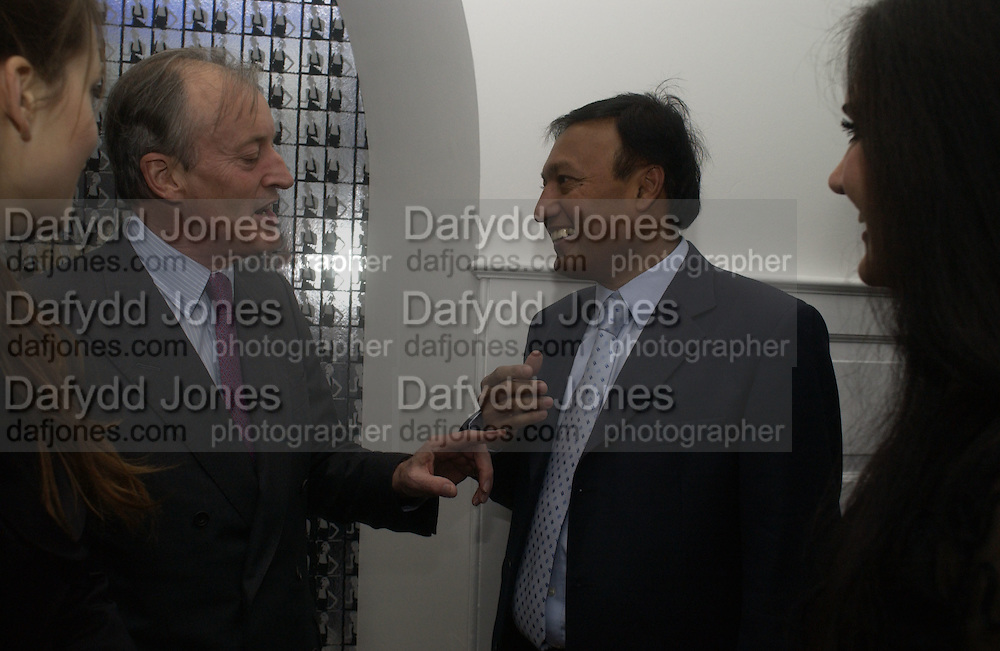 LORD BRABORNE AND Dr. MOSARAF ALI. The private view and Laurent Perrier champagne reception for Diana, Princess Of Wales By Mario Testino at Kensington Palace, London. November 22 November 2005. ONE TIME USE ONLY - DO NOT ARCHIVE  © Copyright Photograph by Dafydd Jones 66 Stockwell Park Rd. London SW9 0DA Tel 020 7733 0108 www.dafjones.com