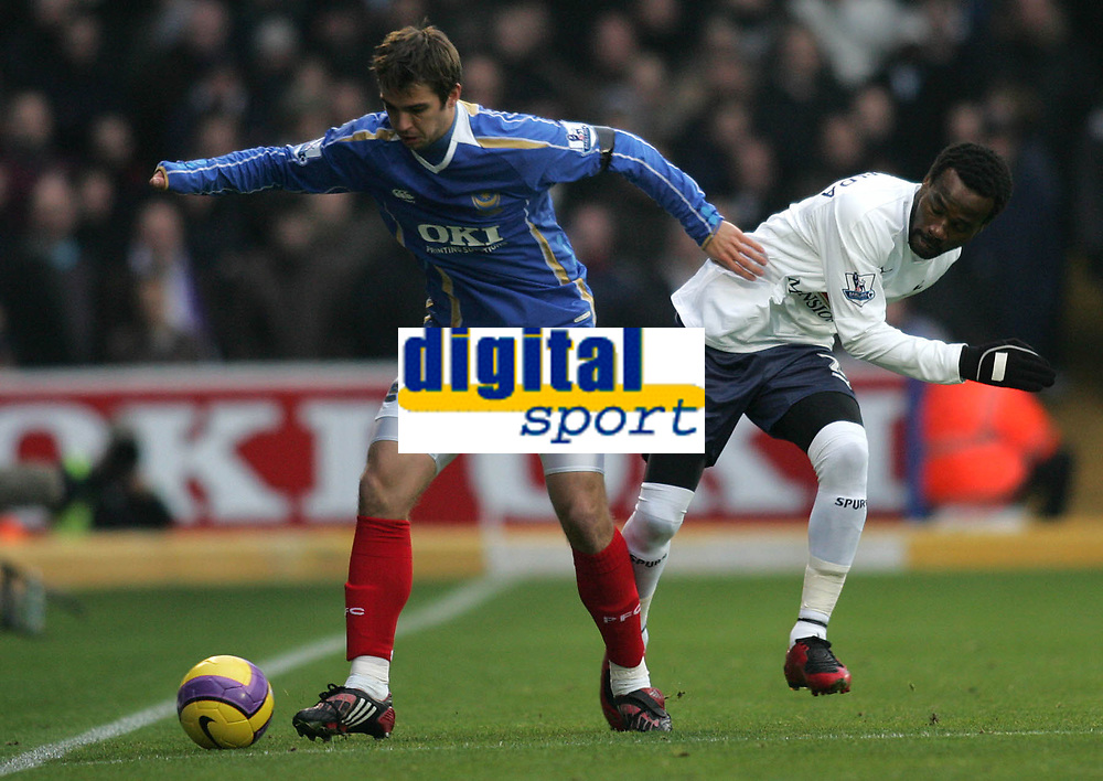 Photo: Lee Earle/Sportsbeat Images.<br /> Portsmouth v Tottenham Hotspur. The FA Barclays Premiership. 15/12/2007. Portsmouth's Niko Kranjcar (L) battles with Pascal Chimbonda.