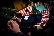 Frankfurt | 16 April 2017<br /> <br /> Aktivisten der Hayir-Initiative trafen sich am Abend des Verfassungsreferendums in der T&uuml;rkei im G&uuml;nes-Theater in Frankfurt am Main, um gemeinsam die Berichterstattung der Medien zum Referendum zu beobachten und das Ergebnis abzuwarten.<br /> Hier: Auf einem Smartphone eines Teilnehmers der Veranstaltung ist  eine Statistik zum Ergebnis des Referendums zu sehen.<br /> <br /> photo &copy; peter-juelich.com<br /> <br /> Abdruck honorarpflichtig!<br /> No Model Release!<br /> No Property Release!