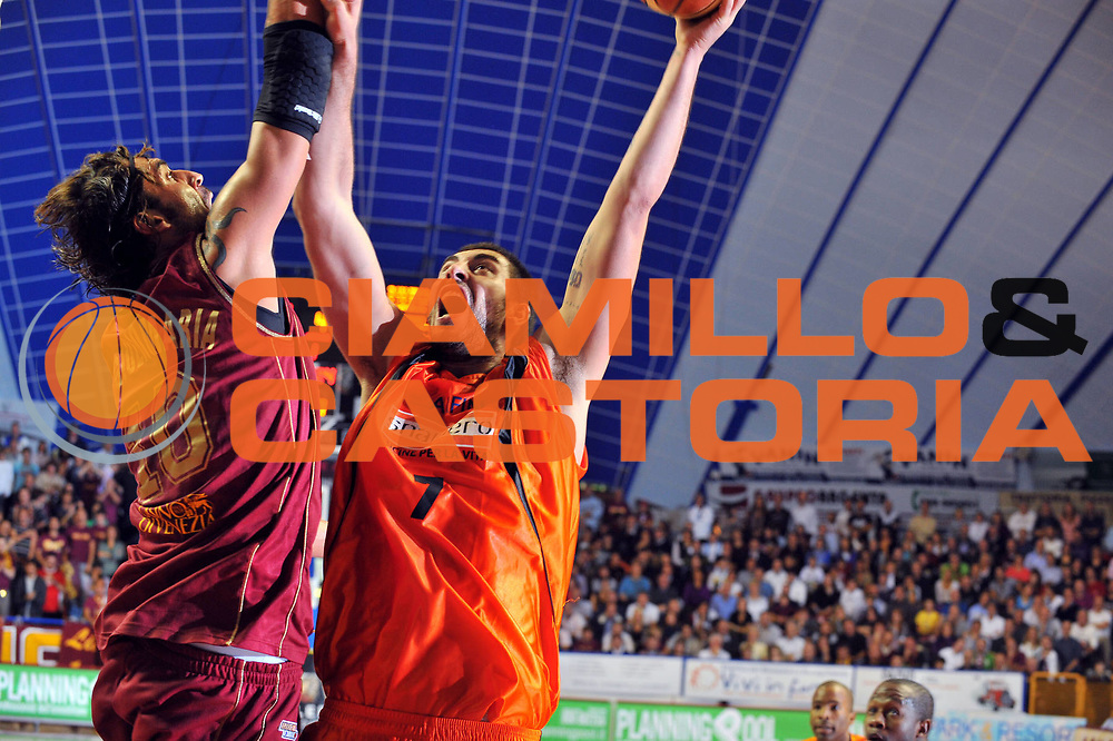 DESCRIZIONE : Venezia Lega A2 2009-10 Umana Reyer Venezia Snaidero Udine<br /> GIOCATORE :  Joel Zacchetti<br /> SQUADRA : Snaidero Udine <br /> EVENTO : Campionato Lega A2 2009-2010<br /> GARA : Umana Reyer Venezia Snaidero Udine<br /> DATA : 18/10/2009<br /> CATEGORIA : Tiro<br /> SPORT : Pallacanestro <br /> AUTORE : Agenzia Ciamillo-Castoria/M.Gregolin