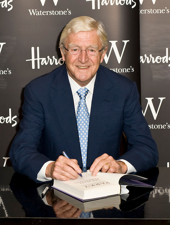 London. Uk. Sir Michael Parkinson signs copies of his autobiography `Parky' at Harrods, London. 2nd October 2008.