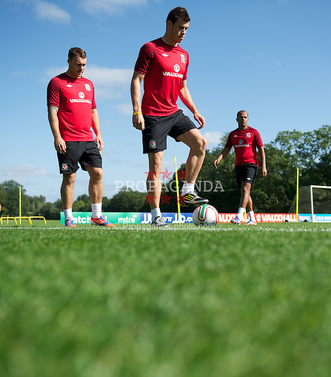 CARDIFF, WALES - Wednesday, September 5, 2012: Wales' Gareth Bale during a training session at the Vale of Glamorgan ahead of the Brazil 2014 FIFA World Cup Qualifying Group A match against Belgium. (Pic by David Rawcliffe/Propaganda)