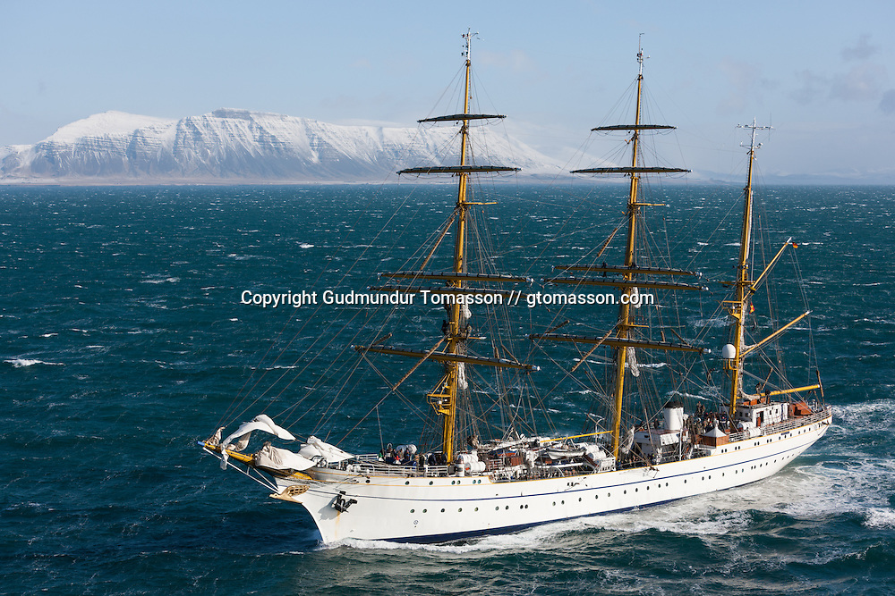 Gorch Foch, a german navy training ship sailing at Faxaflói while leaving Iceland after an visit.
