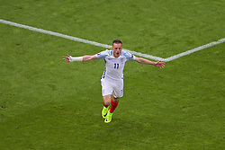 LENS, FRANCE - Thursday, June 16, 2016: England's Jamie Vardy celebrates scoring the first equalising goal against Wales during the UEFA Euro 2016 Championship Group B match against Wales at the Stade Bollaert-Delelis. (Pic by Paul Greenwood/Propaganda)