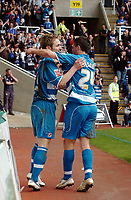 Photo: Kevin Poolman.<br />Reading v Stoke City. Coca Cola Championship. 17/04/2006. Kevin Doyle and Shane Long celebrate Doyle's penalty.