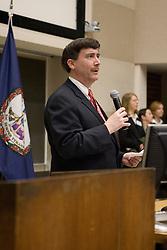 Professor Larry Sabato introduces Supreme Court Associate Justice Samuel Anthony Alito, Jr.  Justice Alito spoke to Professsor Larry Sabato's undergraduate politics class at the University of Virginia in Charlottesville, VA on February 7, 2007.