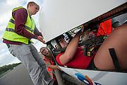 Lieske Yntema zit in de VeloX 4 voor haar eerste recordpoging. Het Human Power Team Delft en Amsterdam (HPT), dat bestaat uit studenten van de TU Delft en de VU Amsterdam, is in Senftenberg voor een poging het laagland sprintrecord te verbreken op de Dekrabaan. In september wil het HPT daarna een poging doen het wereldrecord snelfietsen te verbreken, dat nu op 133 km/h staat tijdens de World Human Powered Speed Challenge.<br /> <br /> Lieske Yntema sits in the VeloX for her first record attempt. With the special recumbent bike the Human Power Team Delft and Amsterdam, consisting of students of the TU Delft and the VU Amsterdam, is in Senftenberg (Germany) for the attempt to set a new lowland sprint record on a bicycle. They also wants to set a new world record cycling in September at the World Human Powered Speed Challenge. The current speed record is 133 km/h.