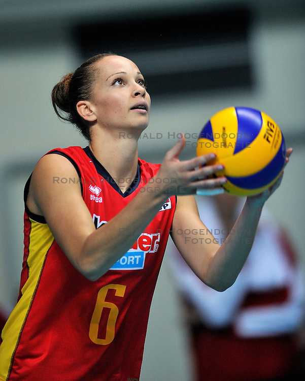 25-09-2011 VOLLEYBAL: EUROPEAN CHAMPIONSHIPSPAIN - BULGARIA: BUSTO ARSIZIO<br /> Spain beat Bulgaria in straight sets / Ana Mirtha Correa<br /> &copy;2011-FotoHoogendoorn.nl