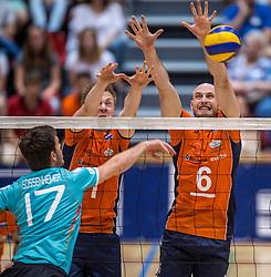04-06-2016 NED: Nederland - Duitsland, Doetinchem<br /> Nederland speelt de tweede oefenwedstrijd in Doetinchem en verslaat Duitsland opnieuw met 3-1 / David Sossenheimer #17, Daan van Haarlem #1, Jasper Diefenbach #6