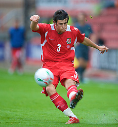 WREXHAM, WALES - Wednesday, August 20, 2008: Wales' Gareth Bale in action against Romania during the UEFA Under 21 European Championship Qualifying Group 10 match at the Racecourse Ground. (Photo by David Rawcliffe/Propaganda)